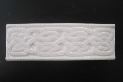 Cache Celtic Knot Accent Strip 3x8 Gloss Bisquit